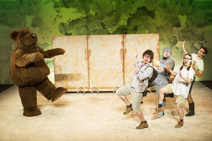 The cast of We're Going on a Bear Hunt Live. © Lesley Cook Headshots