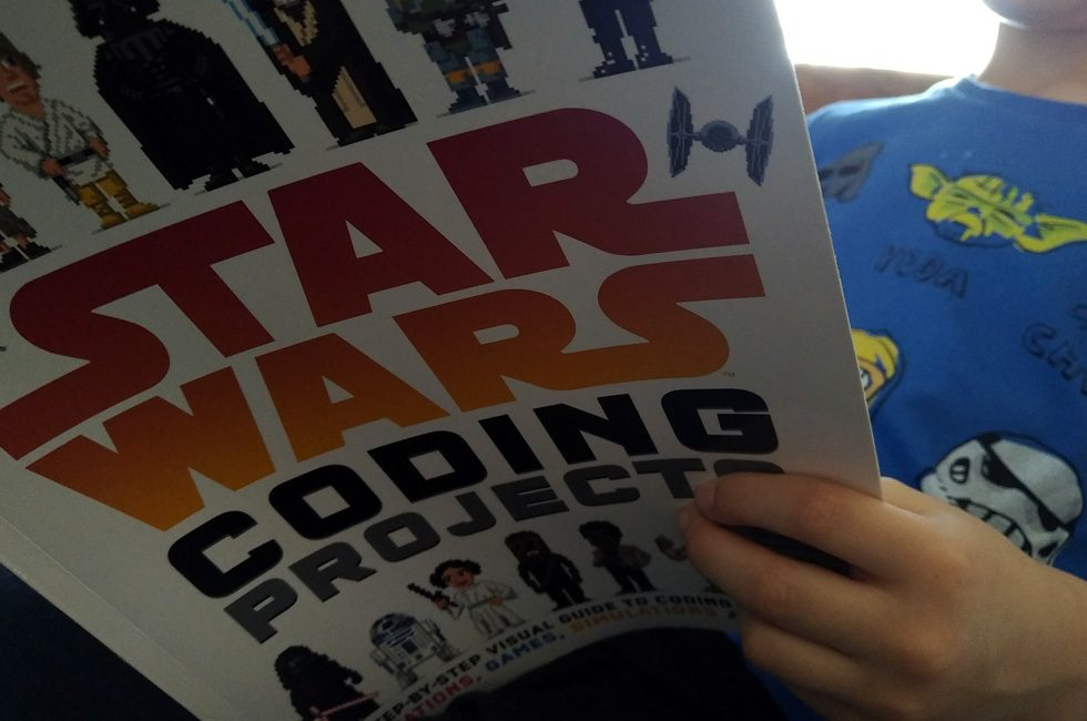 The front cover of Star Wars Coding Projects.