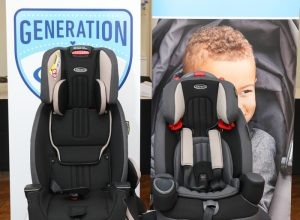 Two Graco car seats in front of the Generation Graco logo.