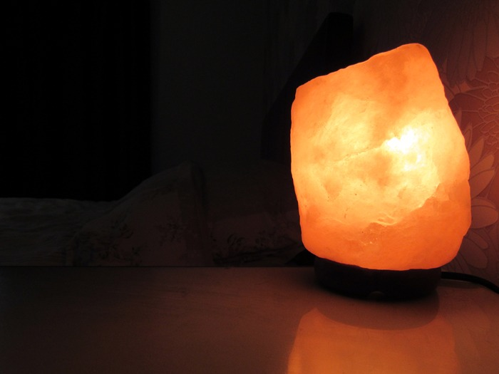 Himalayan Salt Lamp For Sleep : Sealy Deeper Sleeper challenge six: Himalayan salt lamp - Diary of the Dad
