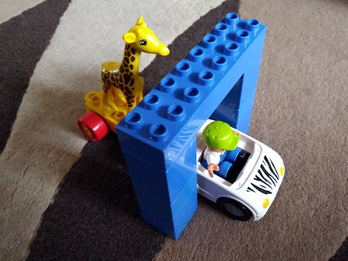 A scene from The Hangover Part 3 recreated in DUPLO.
