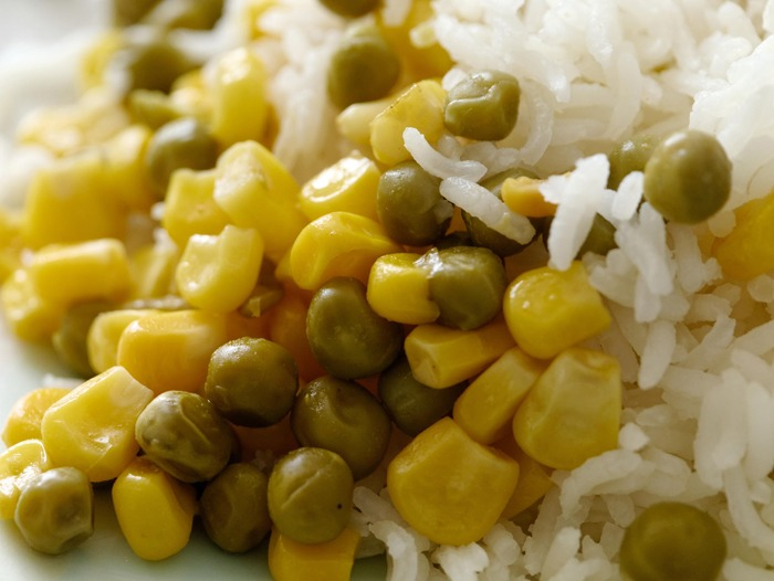 A plate of peas and rice.