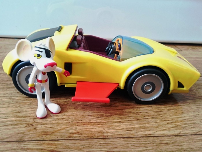 Danger Mouse and the Mark IV Danger Car with its wings popped out.