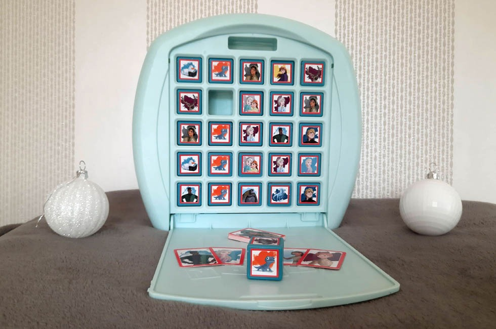 Frozen 2 matching game. Christmas Gift Guide 2020.