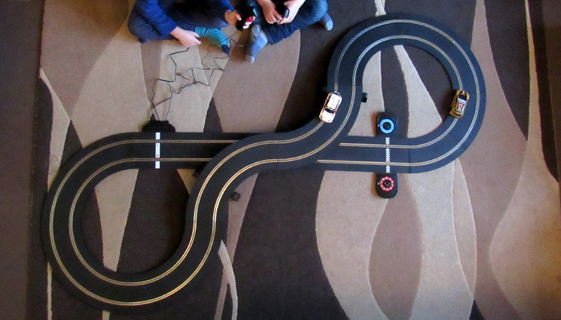 The track of the Scalextric Touring Car Battle set.